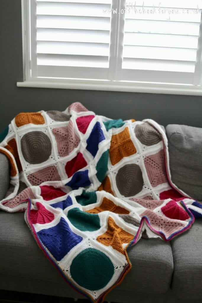 geo boho free crochet pattern blanket.  Solid granny square with FPDC