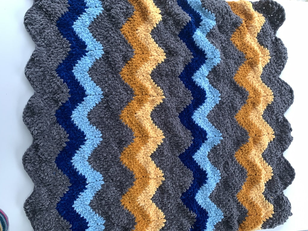 wavy crochet blanket, free crochet pattern, cygnet chenille chunky yarn.  Off the Hook for you