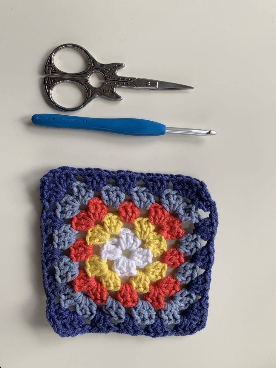 How to learn to crochet